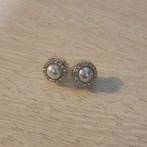Lord & Taylor pearl earrings